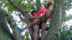 سكس في الغابه